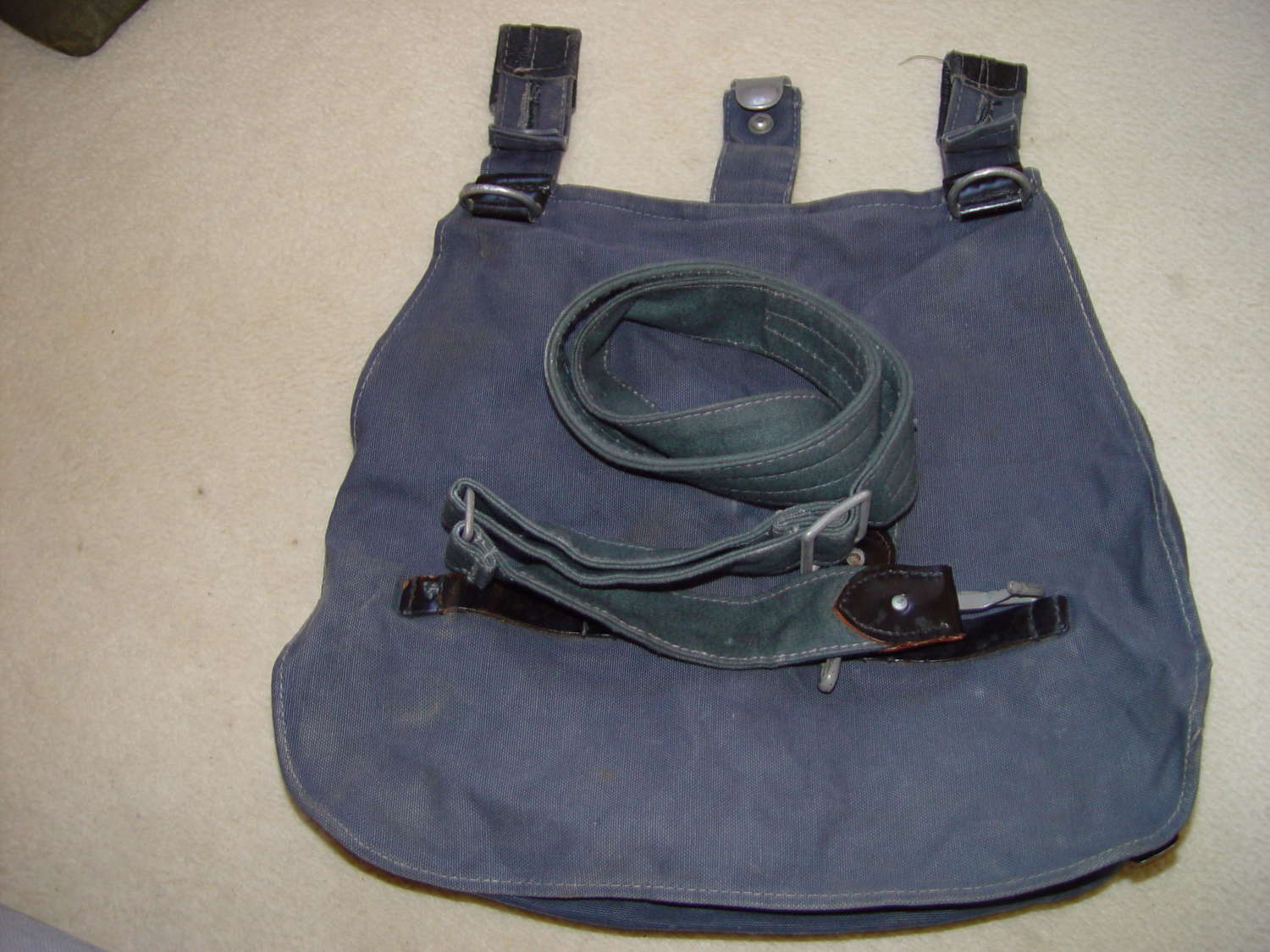 Luftwaffe bread bag with strap