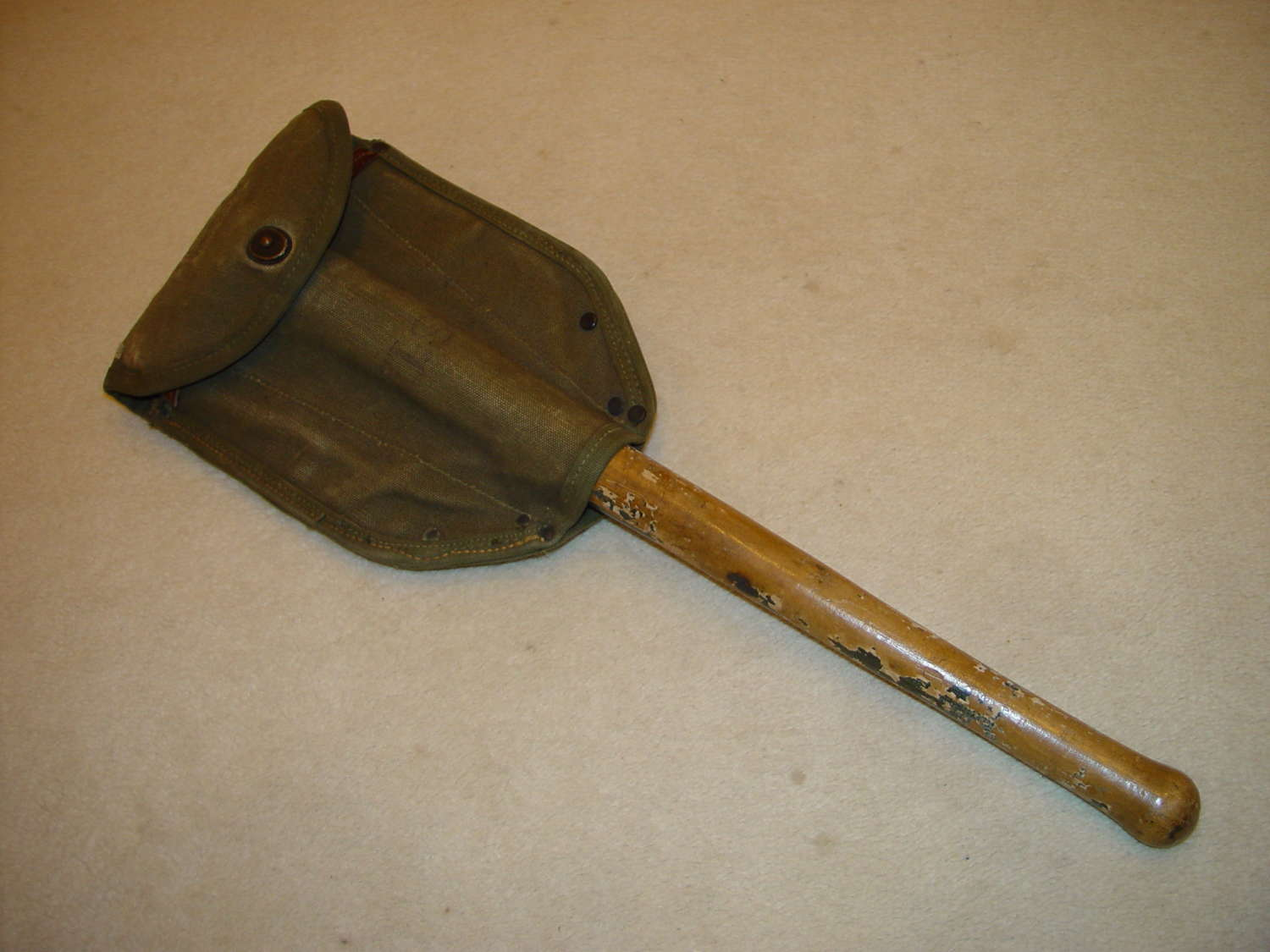 US Army folding shovel with OD#7 carrier