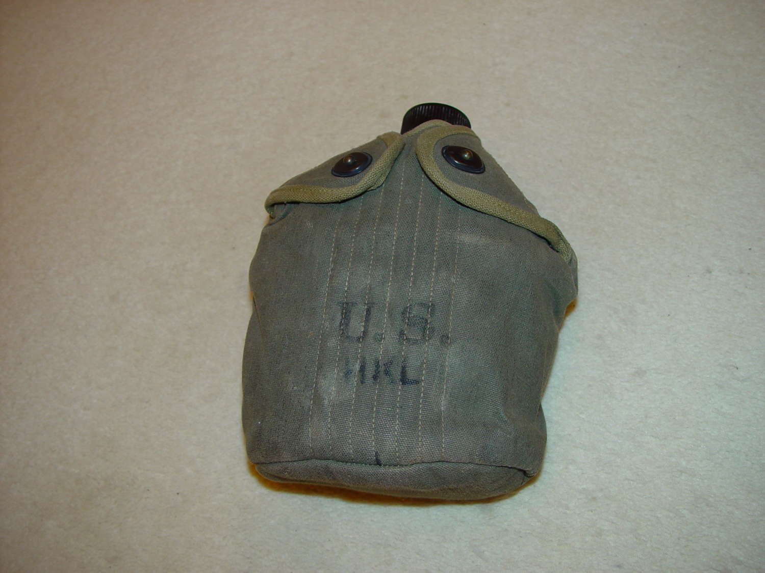 US army water bottle in OD#7 carrier