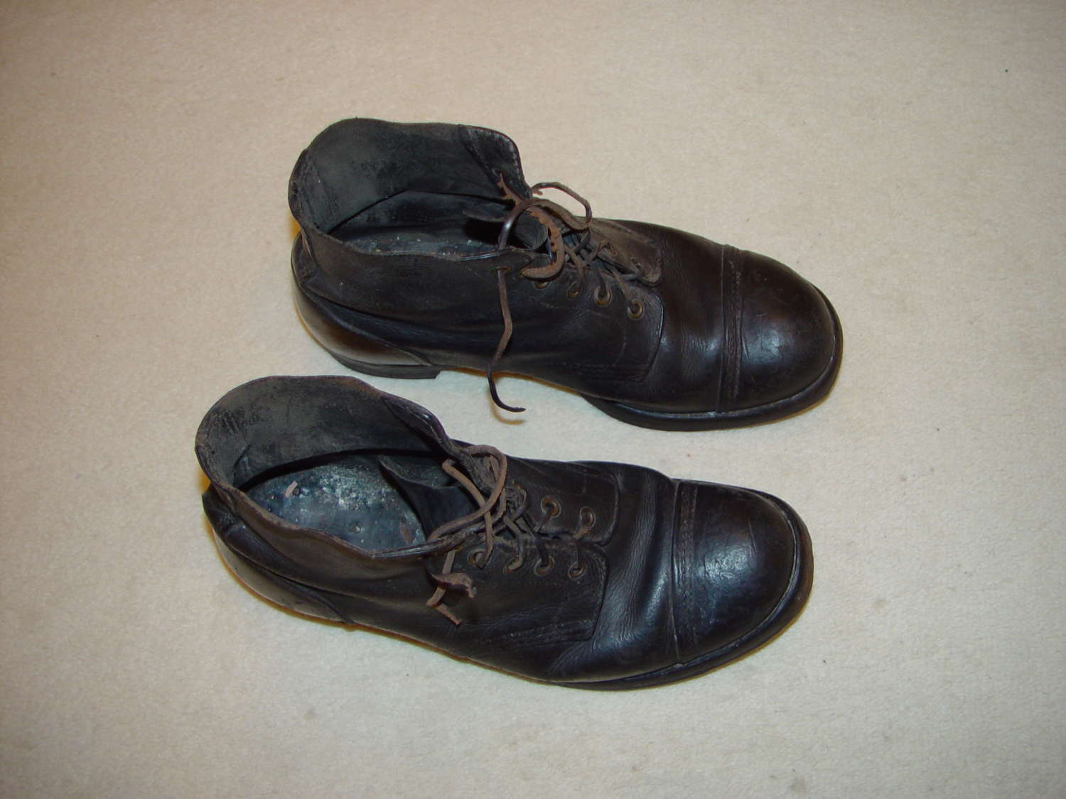 British Army ammunition boots