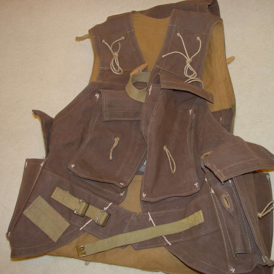 British/Canadian Army D-day assault vest - replica