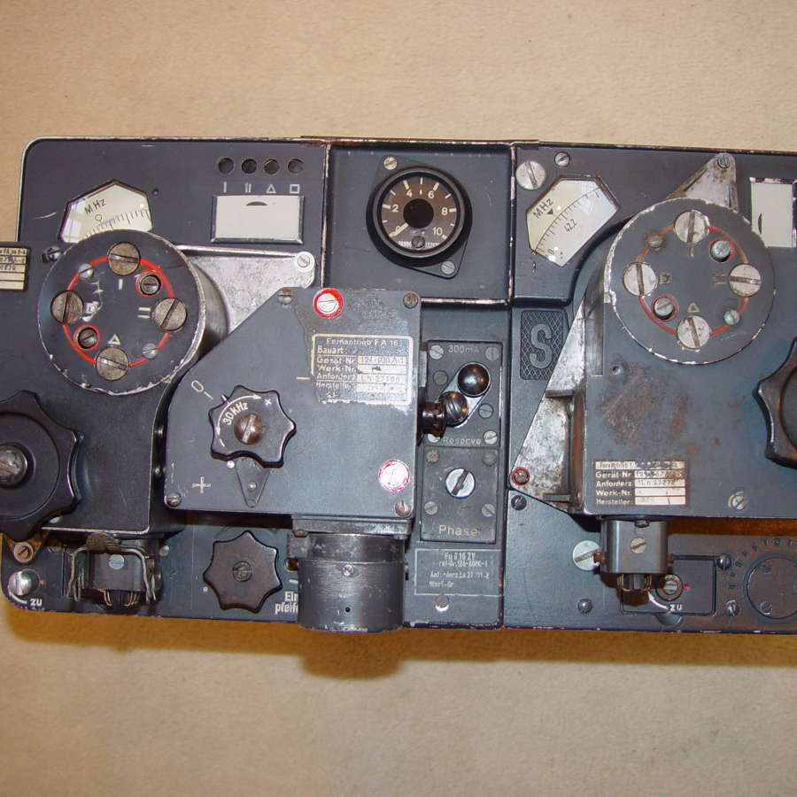 German Luftwaffe FuG16zy aircraft radio - More photographs