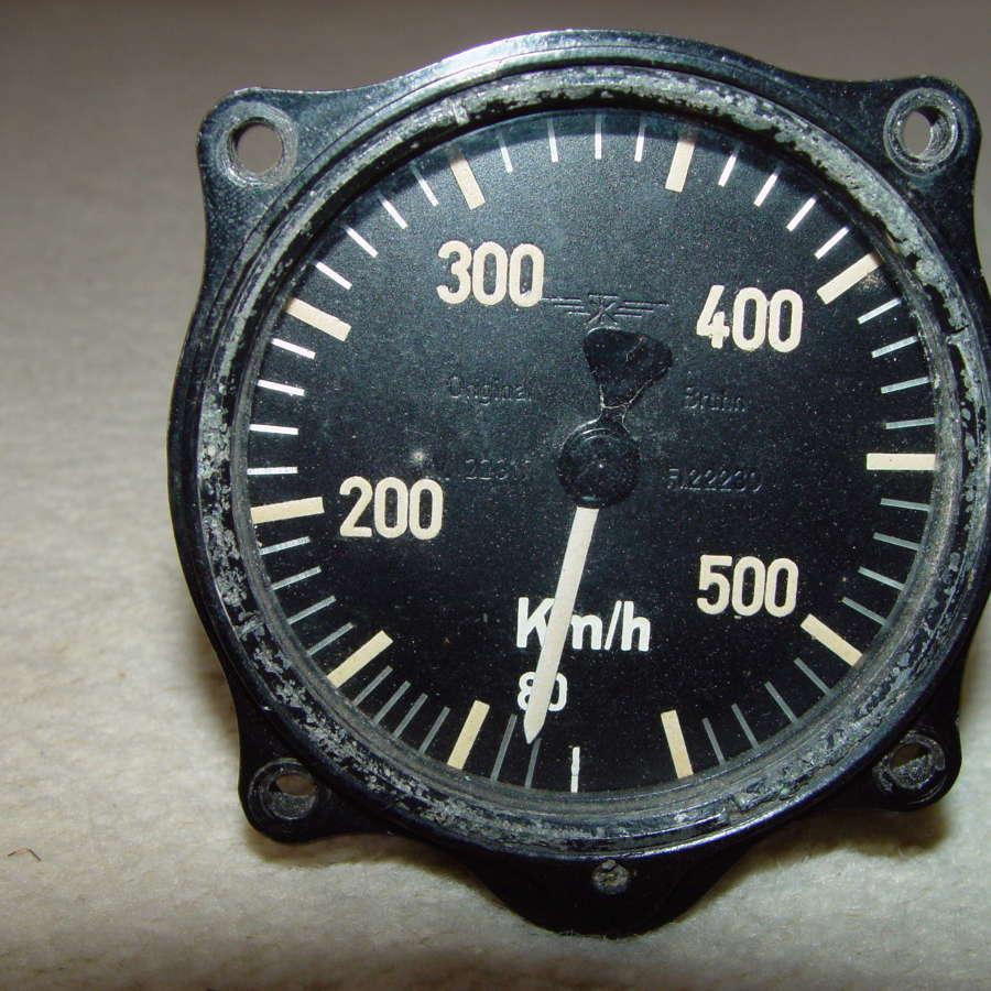 German Luftwaffe airspeed indicator 550 kph