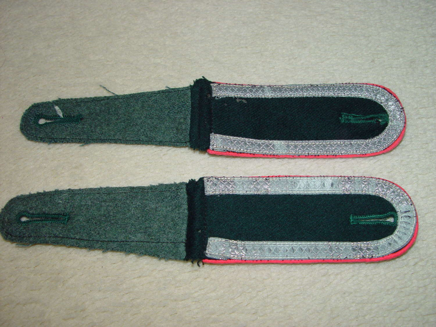 Wehrmacht NCO shoulder straps panzer pink piped for M36 tunic