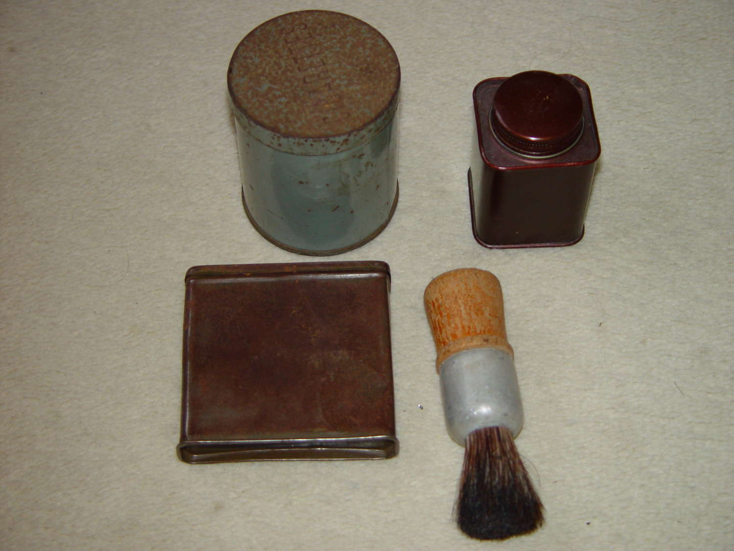 Set of four British Army personal items