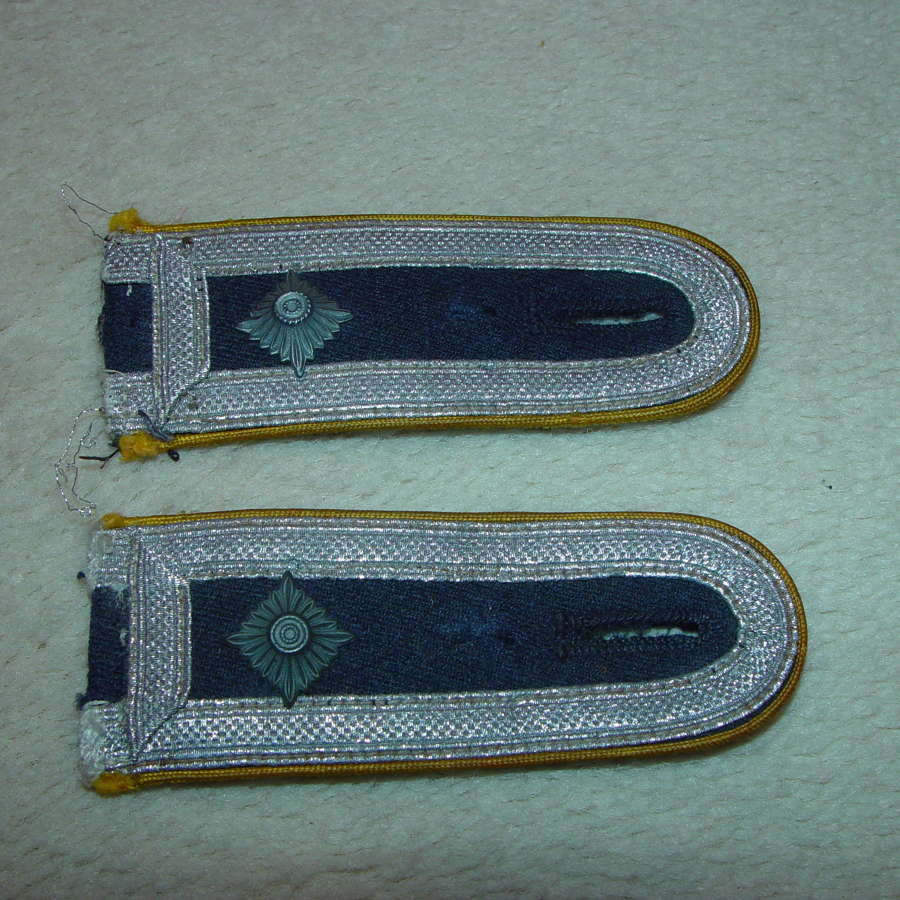 A pair of Luftwaffe sew-in yellow piped NCO's shoulder straps