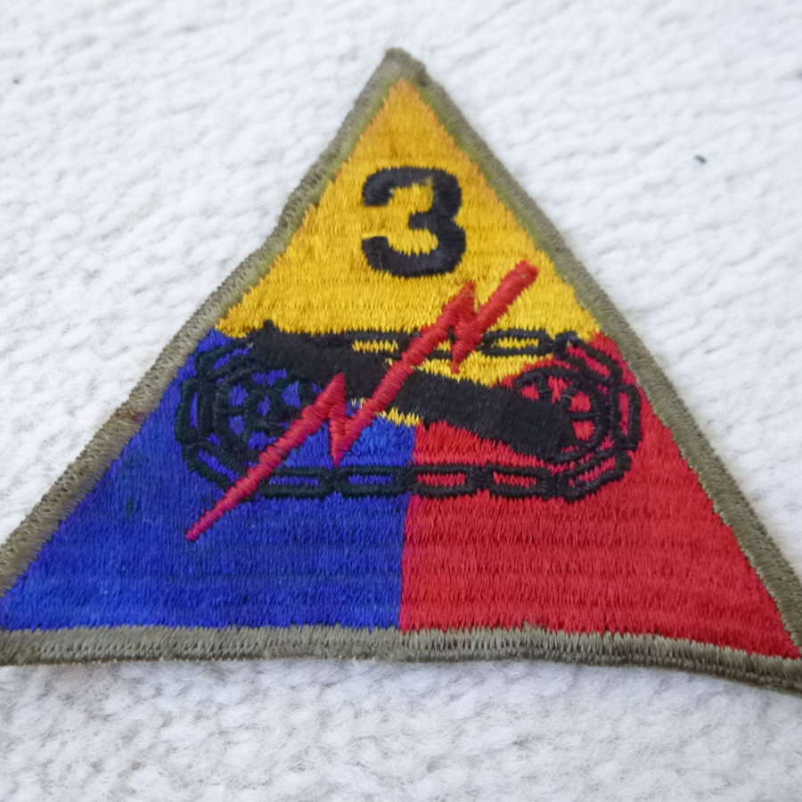 US army 3rd armoured division patches