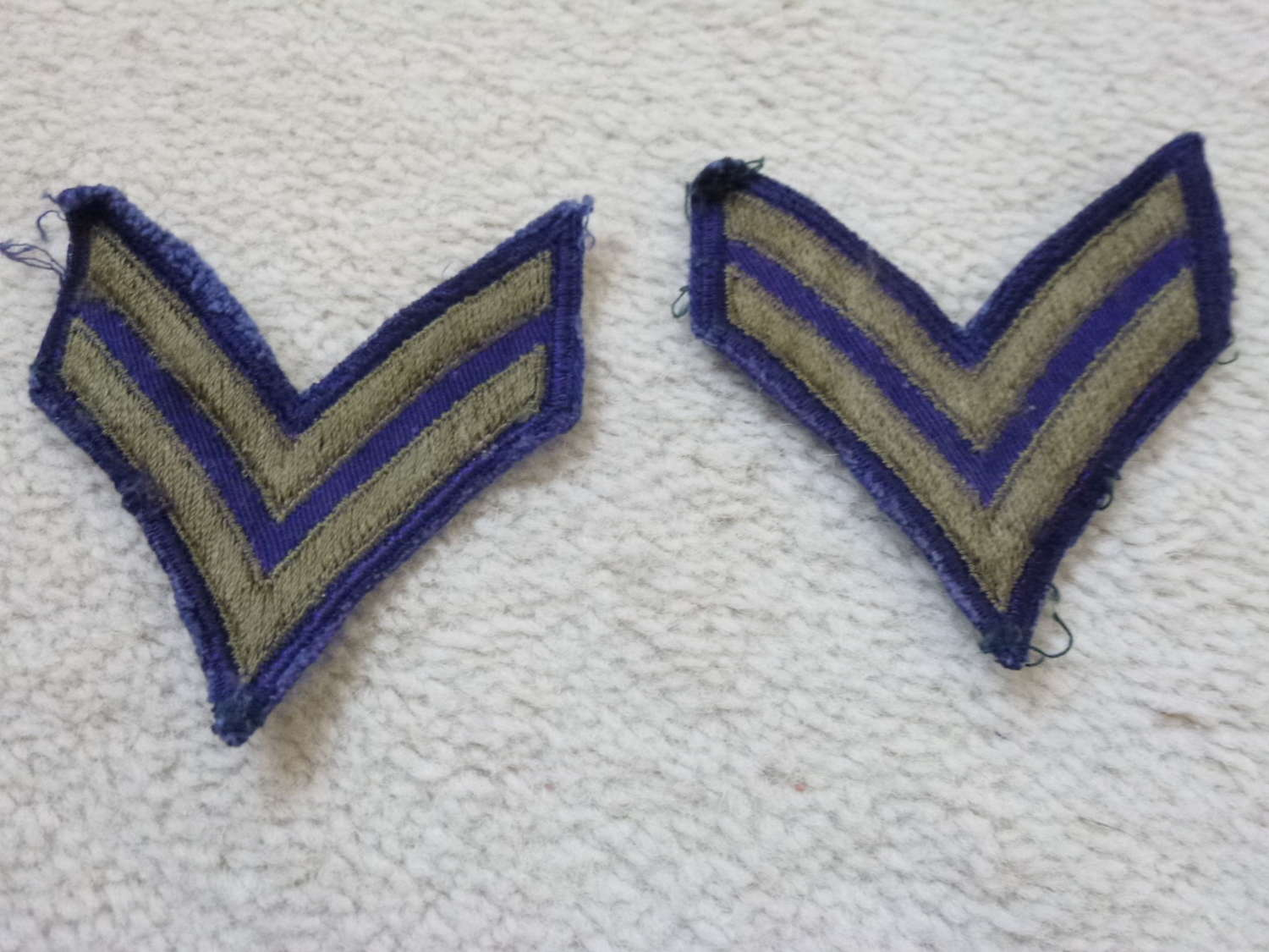 US army corporal stripes