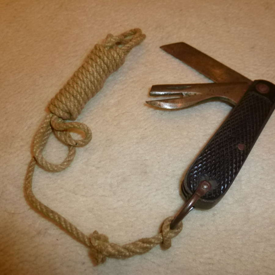 British Army pocket knife with lanyard
