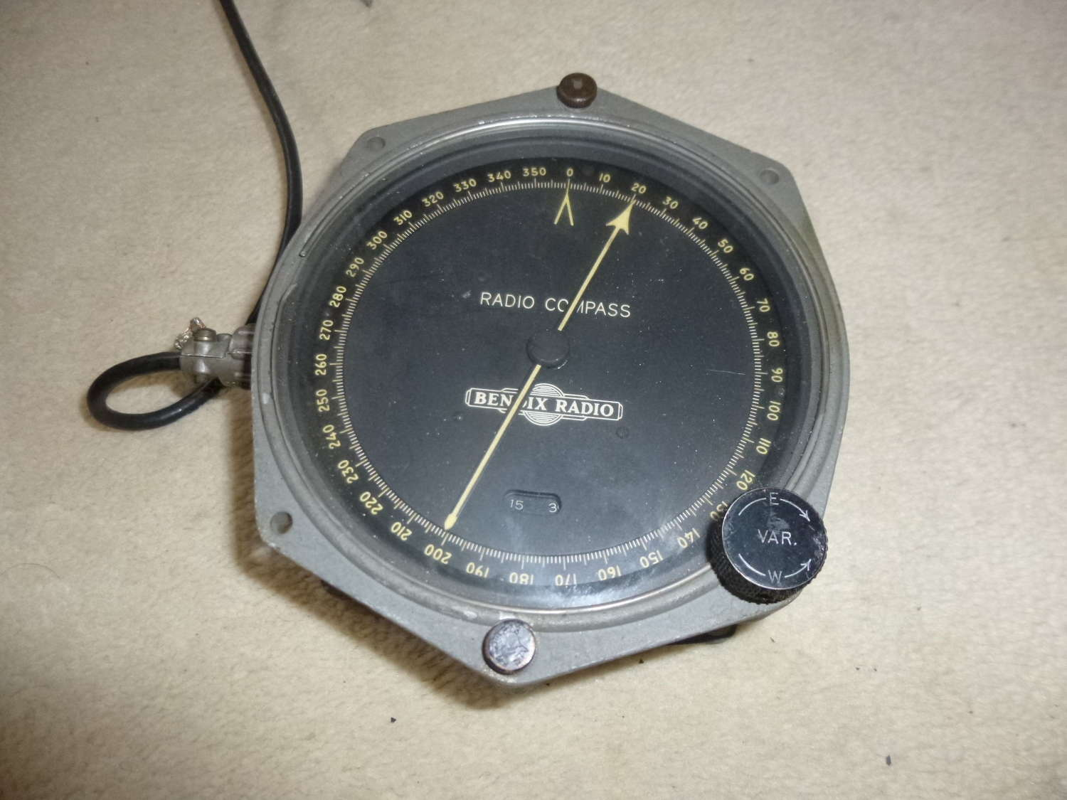 US Air Force Bendix radio compass indicator