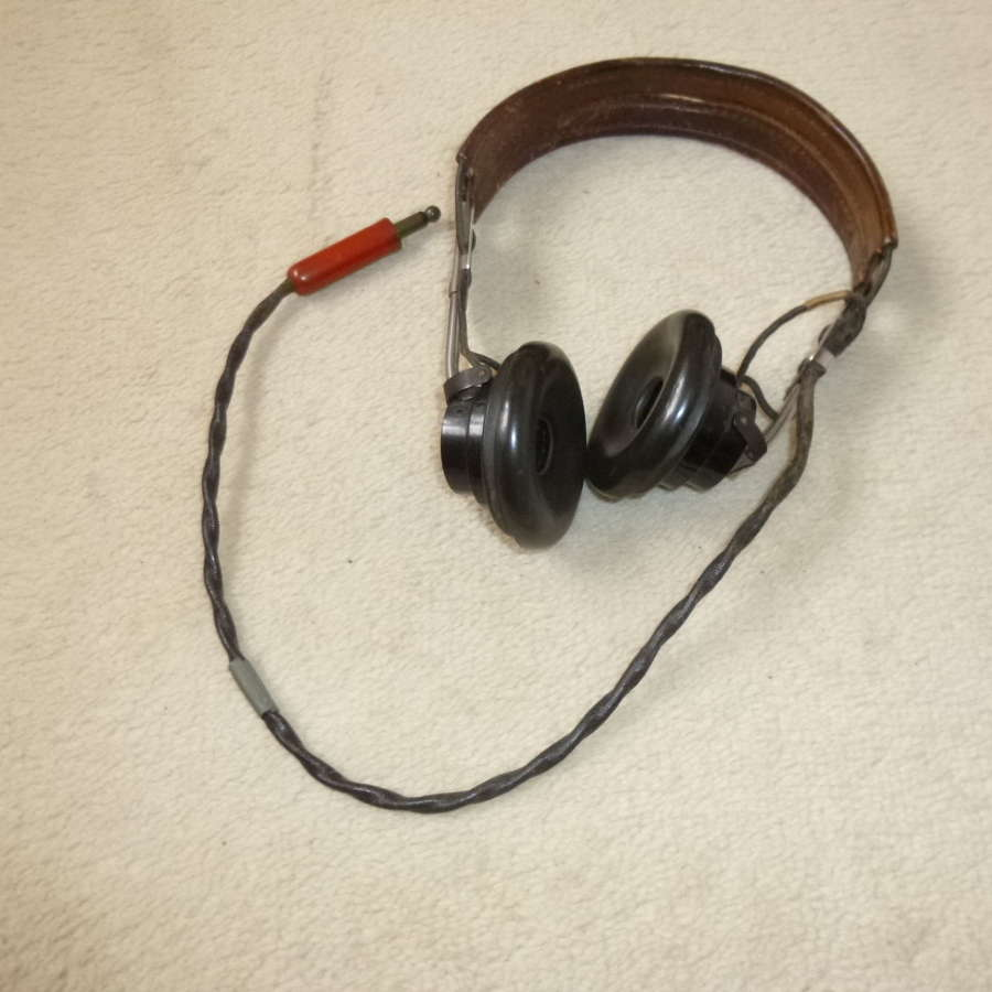 US Air Force HS-33 headset