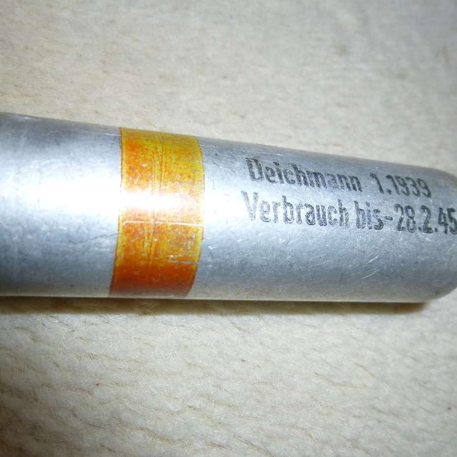 German Wehrmacht/Luftwaffe flare pistol cartridge red