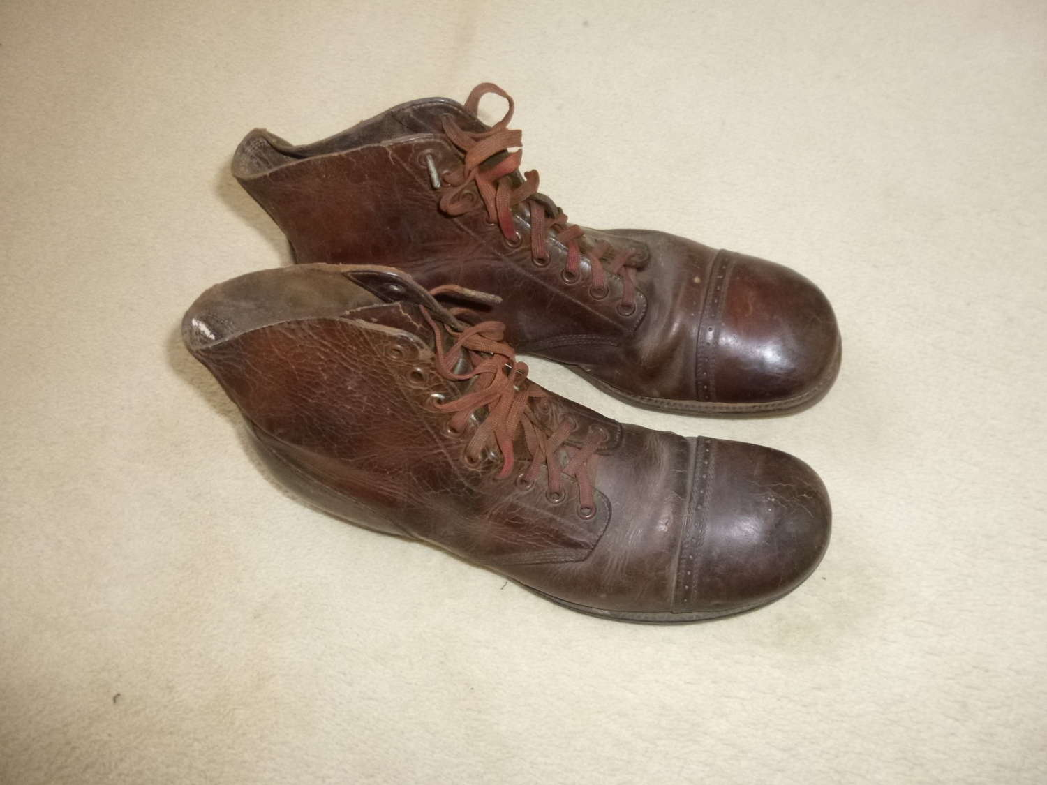 US Army hobnail boots