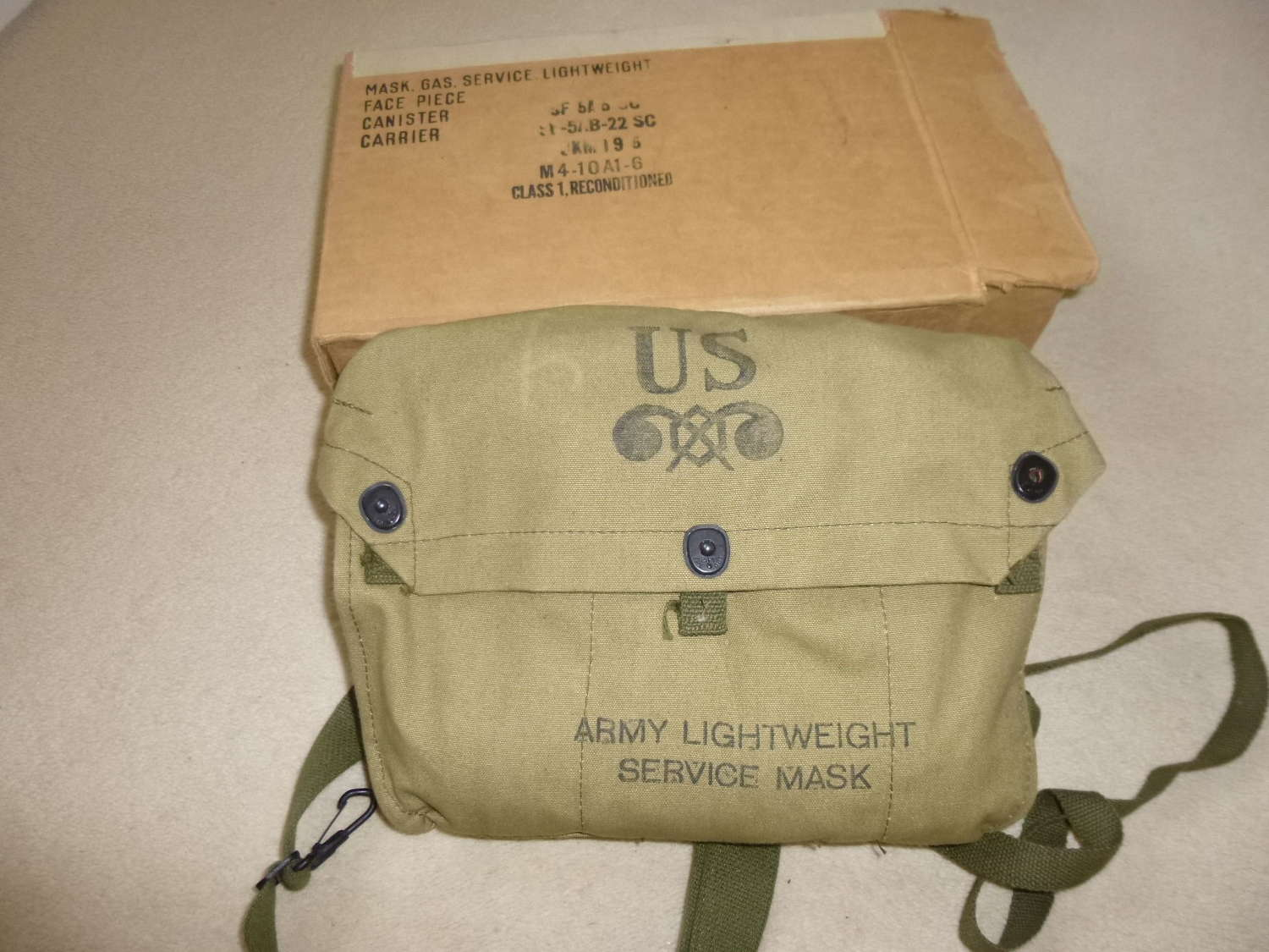 US Army boxed lightweight service respirator