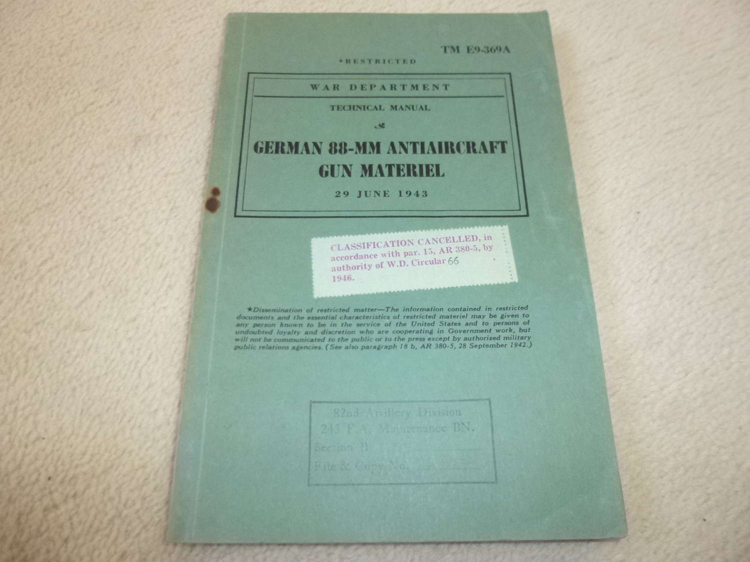 US Army TM E9-369 German 88mm Antiaircraft Gun Manual