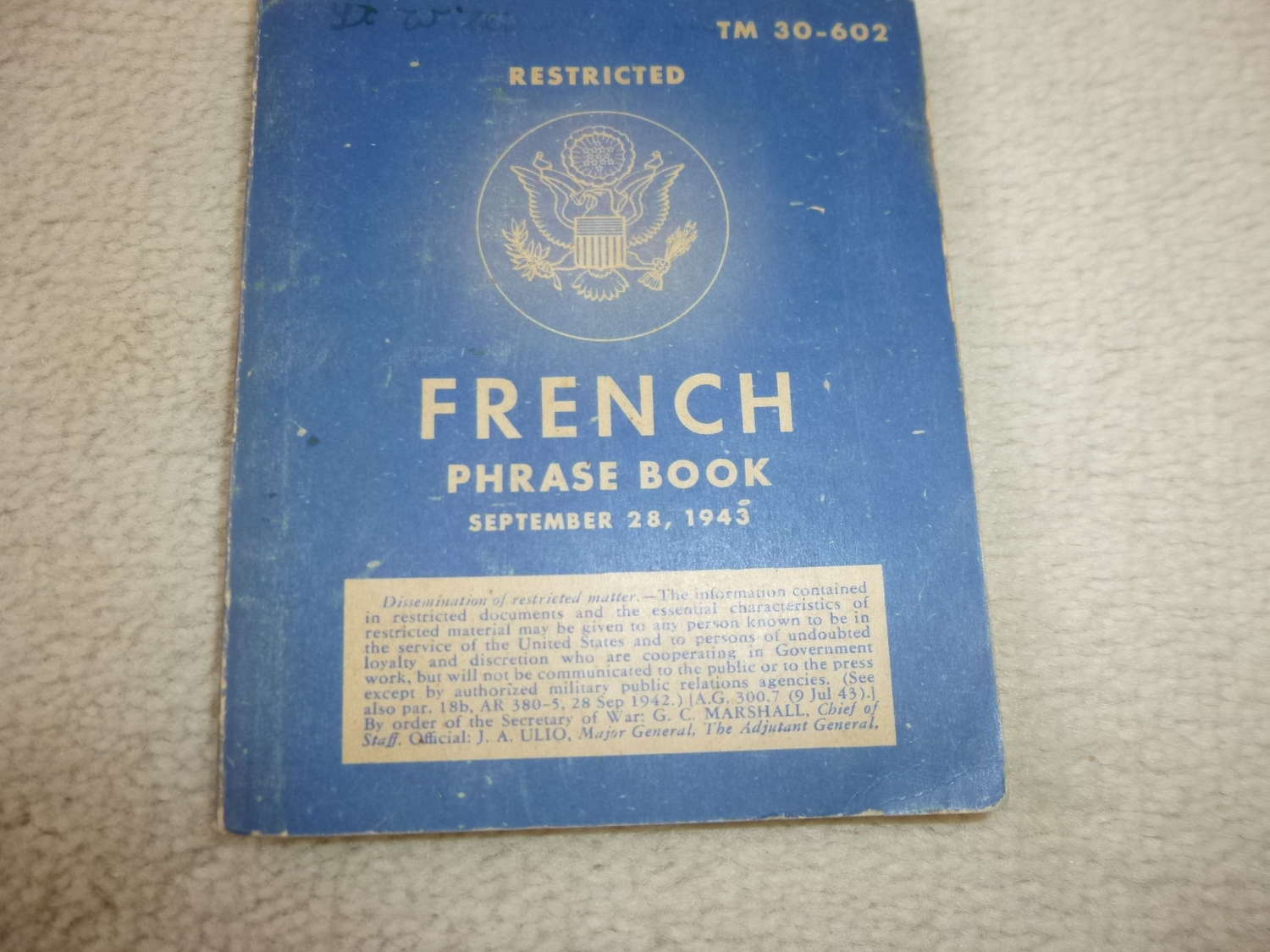 US Army TM30-602 French Phrase book Manual
