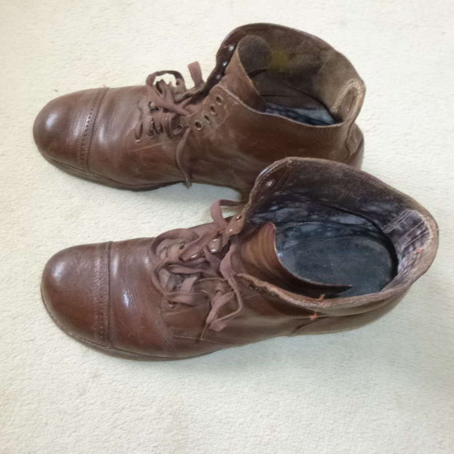 US army boots - large size