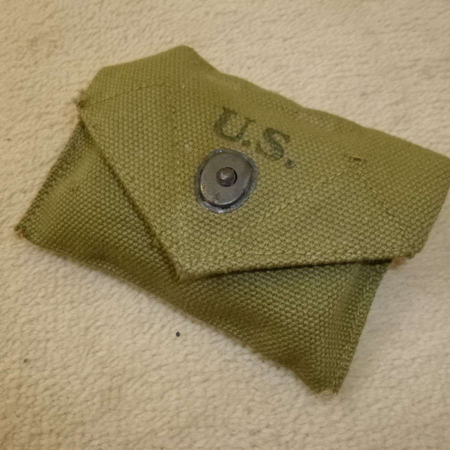 US army first aid pouch